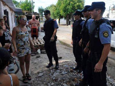 La Policía Comunitaria llegará en abril a una decena de barrios