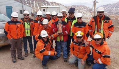 Mineros acordaron el pago de una suma fija extraordinaria