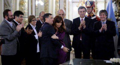 Exclusivo: Cristina manda a Icazuriaga a la embajada en Venezuela