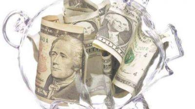 AFIP deberá devolver casi $ 6.000 millones por dólar ahorro y turista