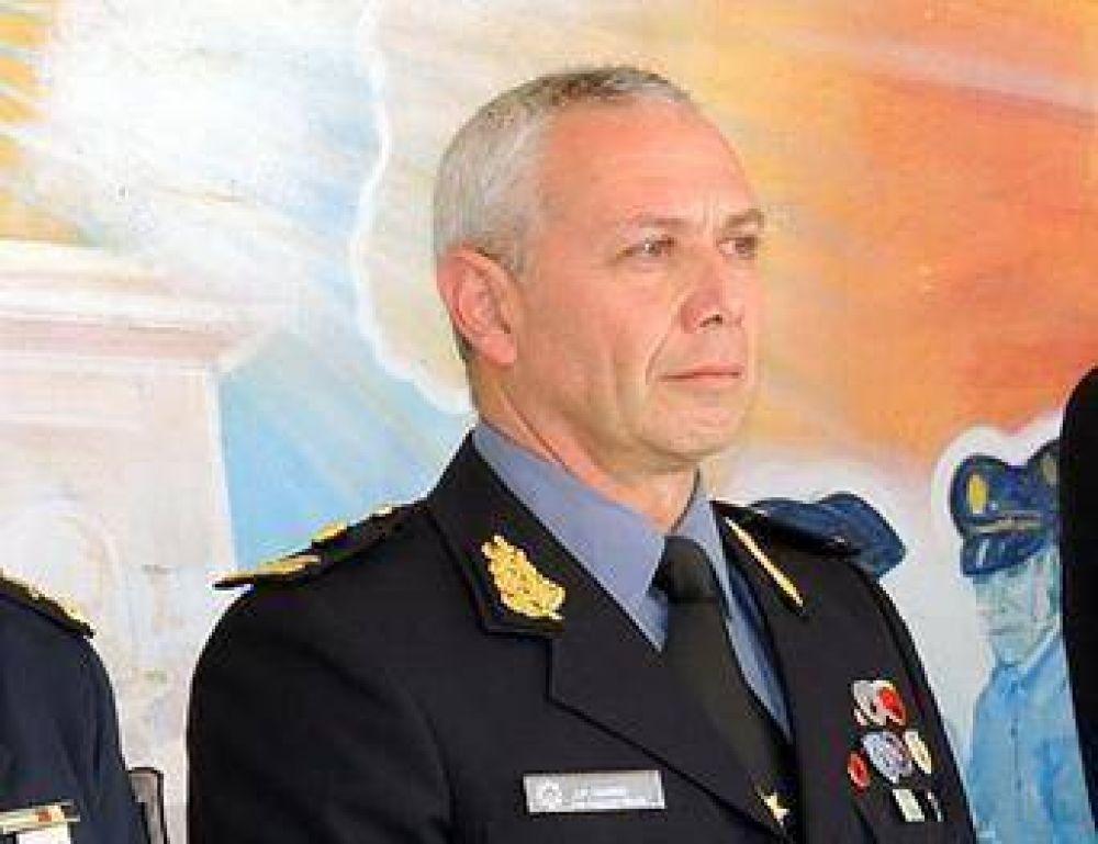 Antisemitismo: El gobierno desplazó al jefe policial denunciado por nazi