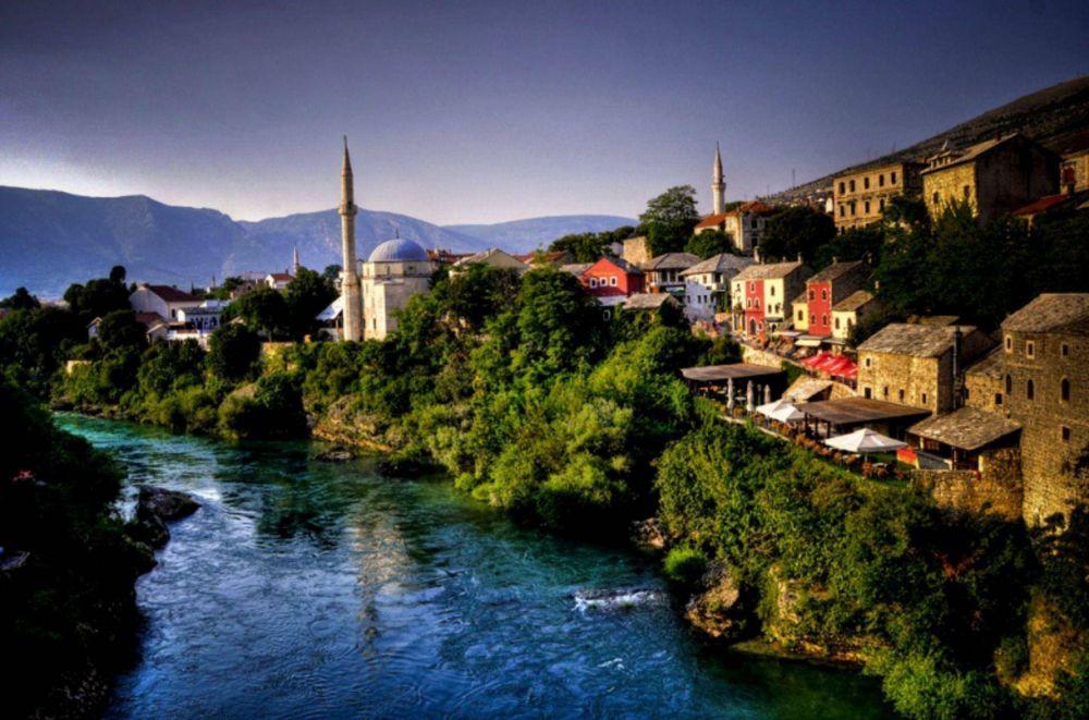 Bosnios musulmanes celebran una Navidad islámica
