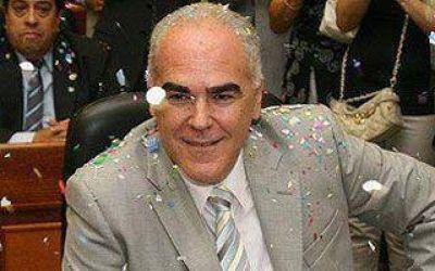"""Para Pérez, """"la gestión de Di Sabatino hace agua por todos lados"""""""