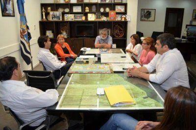 Directivos de PAE visitaron al intendente Córdoba