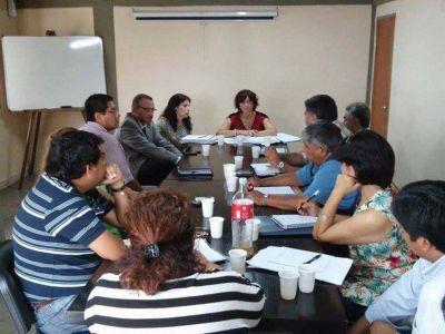 Retomaron la mesa de diálogo con los docentes