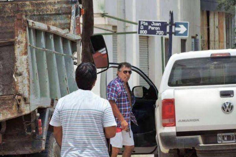 Un funcionario de Rufino amenazó con un arma de fuego a los empleados de paro