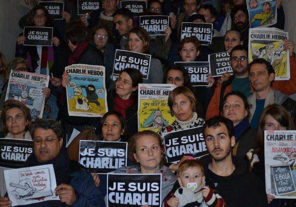 Manifestantes rindieron homenaje a las víctimas de Charlie Hebdo en Jerusalem