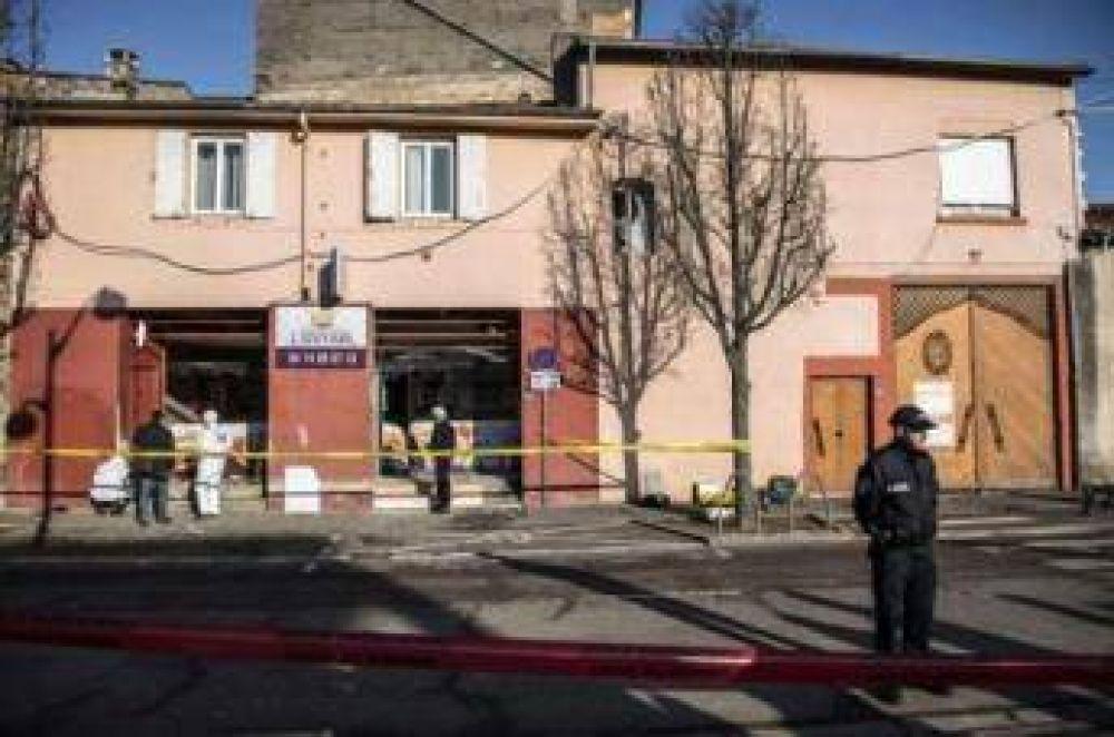 Atacan varias mezquitas en Francia