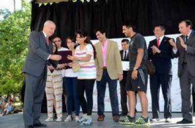 Desde San Juan llegaron a Salta los primeros turistas de la temporada