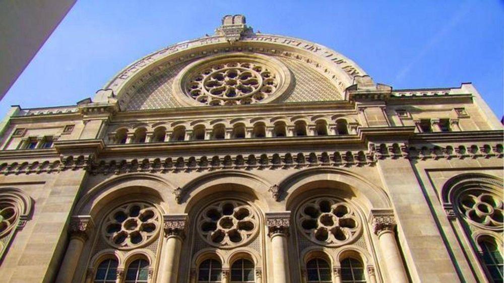 Por temor, la Gran Sinagoga de París cerró sus puertas en Shabat