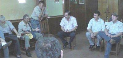 Garay se reunió con tealeros de San Pedro y prometió gestionar créditos para los pequeños productores