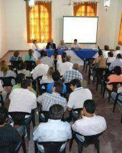 Provincia y comunas trabajan en unificar nomenclador de ejecución presupuestaria