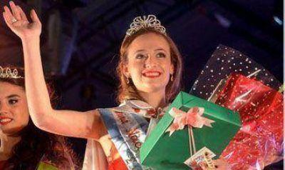Agustina Ghisolfo es la Reina de la Cereza