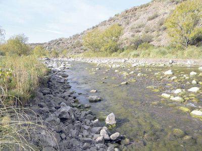 Se confim� que el s�bado comienzan los cortes parciales en el r�o Atuel por la crisis h�drica