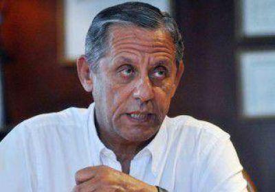 """Quiroga: """"Ojalá que Sapag no baje las regalías"""""""