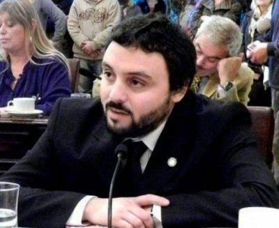 """""""La Asamblea Patria Grande refuerza nuestra identidad como pueblo latinoamericano"""", dice el concejal Luciano Lescano"""