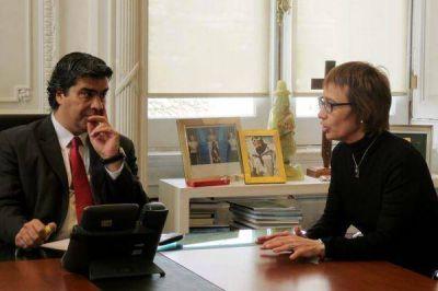 Ríos fue recibida por Capitanich y autoridades del Ministerio de Economía