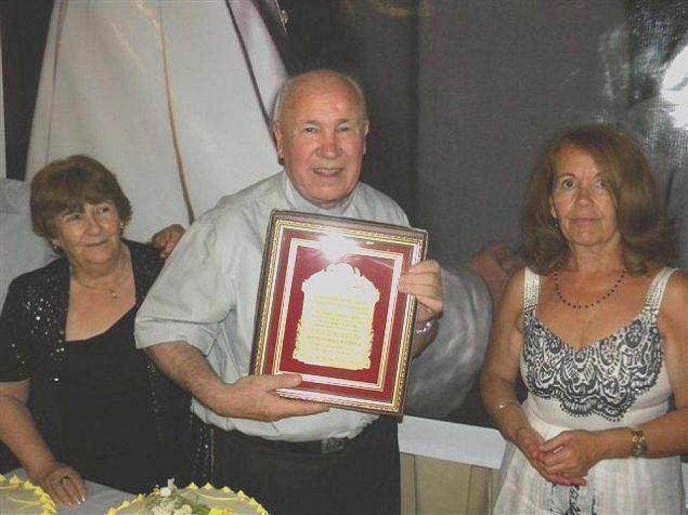 Emotivo festejo del padre Isidro en Roque Pérez