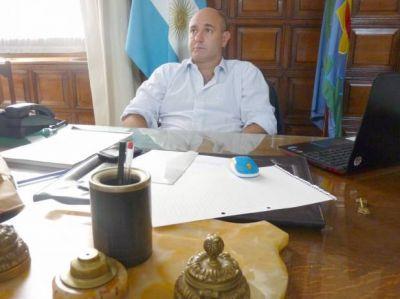 Petroni siguió de cerca la situación de familias afectadas por la lluvia