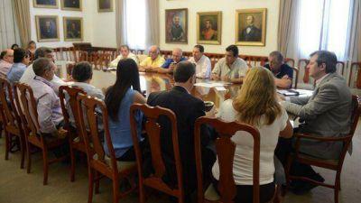 Fondos a municipios: intendentes peronistas con más quejas que radicales