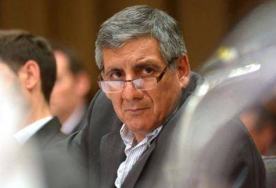 Pera agredió a los concejales Massarella y Mandará