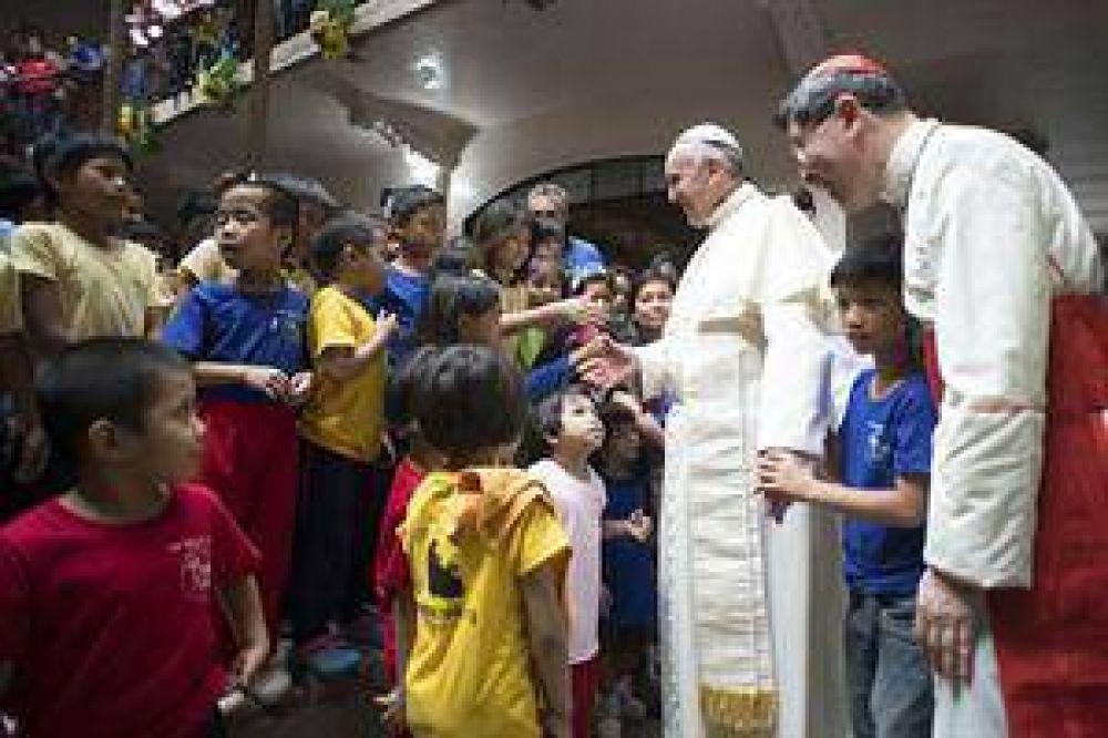 En su gira por Filipinas, el Papa rendirá homenaje a las víctimas del tifón