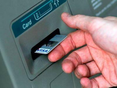 El Ejecutivo gestiona la instalación de cajeros automáticos en barrios