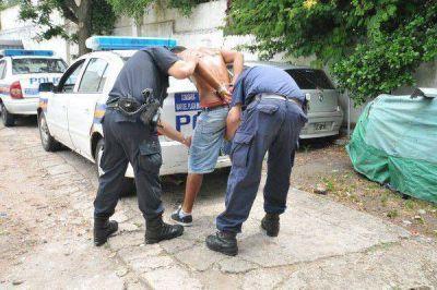 """""""Trapito"""" detenido por robar y chocar un auto"""