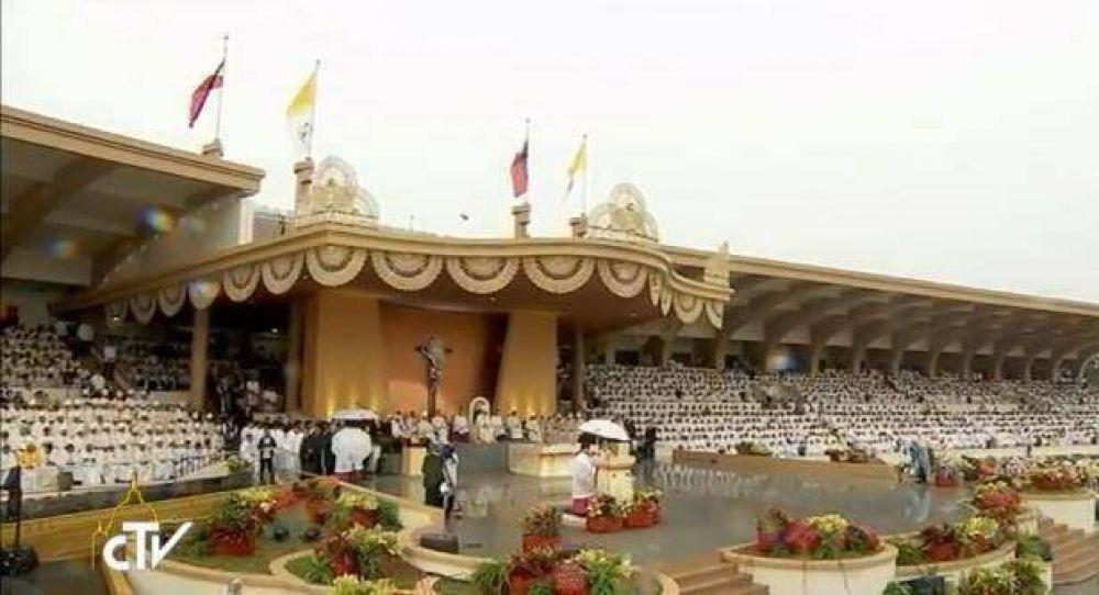 El Niño Jesús, el gran protector de Filipinas, dijo el Papa en la misa de clausura