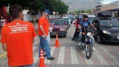 """""""Bajá un Cambio"""" continúa con su campaña de concientización vial"""