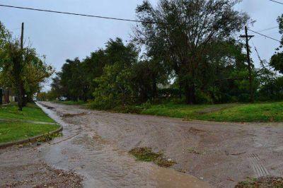 Tras el temporal, el gobierno provincial asiste a Concordia y San Benito