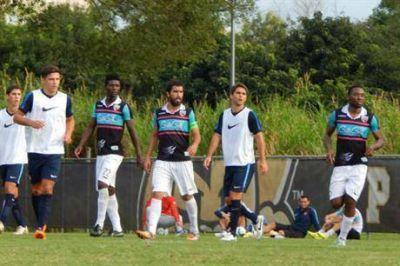 Matías Caruzzo jugó unos minutos y San Lorenzo goleó ante Miami United