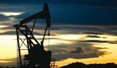 Entre Nación y provincia analizarán estímulos a la producción de petróleo
