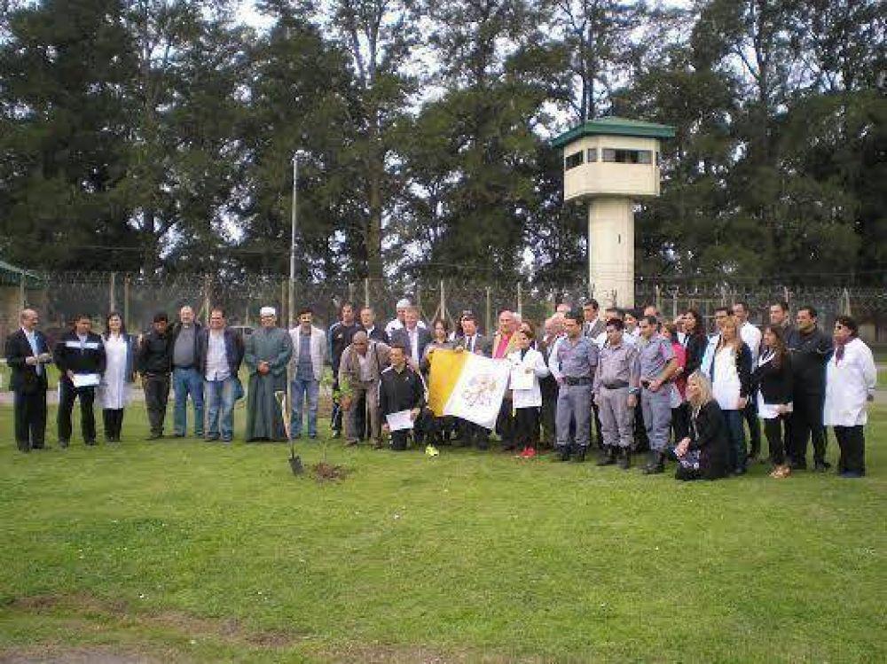 Pedido interreligioso por la paz en el penal de Marcos Paz