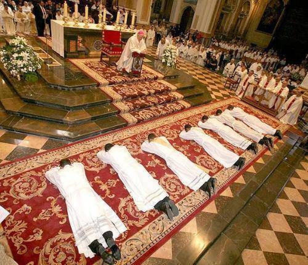 Mons. Martorell convoca a rezar por las vocacione