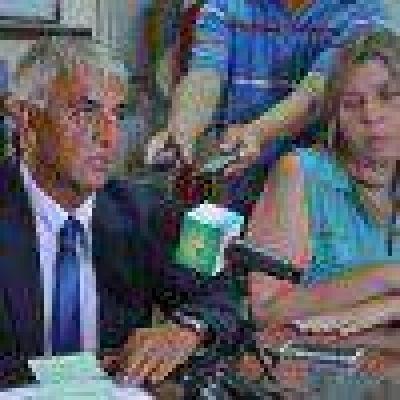 El ministro Martínez anunció que la vacuna contra el Rotavirus está disponible en toda la provincia