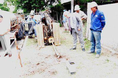 B° JUAN F. IBARRA: El Intendente de la Capital visitó el inicio de la 1° etapa de la obra de gas domiciliario