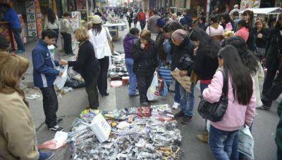 Unos 1.000 puestos de venta ilegal y 300 vendedores ambulantes