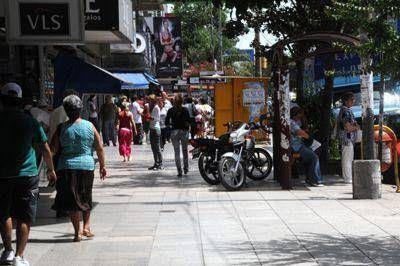 Aseguran que se redujo la venta ambulante ilegal en la ciudad