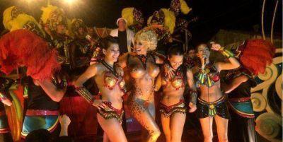 Vicky Xipolitakis en el carnaval de Gualeguaychú: la griega fue furor