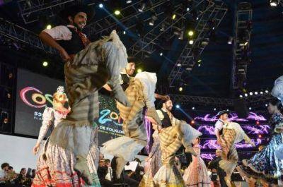 Pedro Aznar le dio el toque de distinción a la apertura de Cosquín