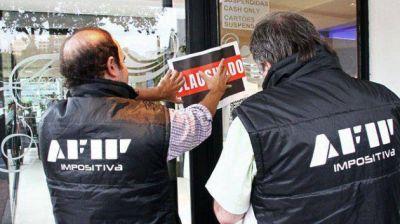 En Iguazú y Posadas la AFIP clausuró varios locales comerciales