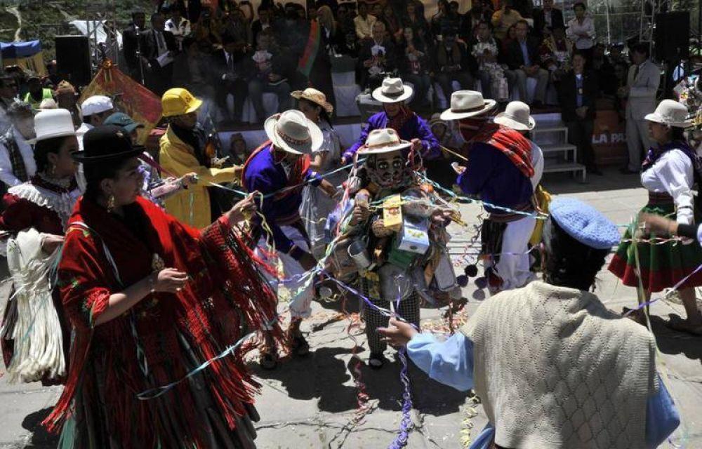 """El Papa aleja """"fantasma"""" de instrumentalización en visita a Bolivia"""
