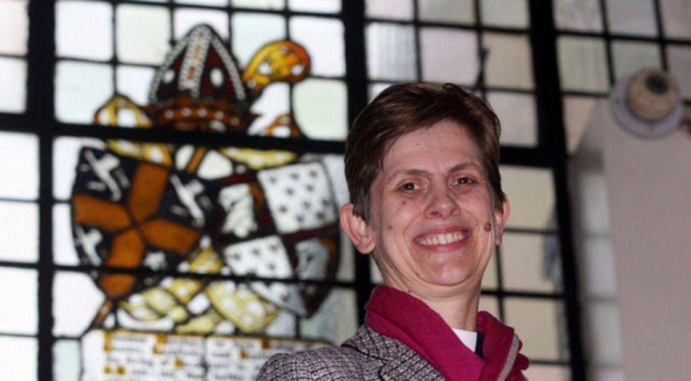 Histórico: la Iglesia de Inglaterra ordena su primera obispa