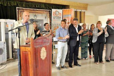 El gobierno provincial entregó subsidios a instituciones
