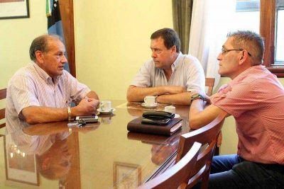 Weretilneck recibió a autoridades del gremio minero AOMA