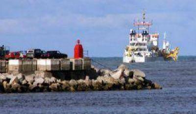 En pocos días las dragas estarán en Puerto Queqúen