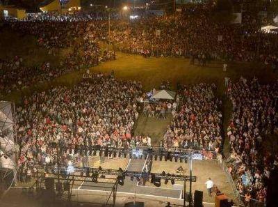 Echeverría y Scioli inauguran la 23° Fiesta del Automovilismo