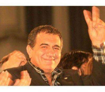 Cáceres piensa en reformar la Constitución