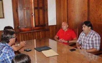 Daireaux: Intendente Hernando recibió donación de instituciones locales